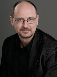 Kéringer László