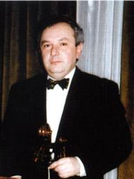 Modrián József