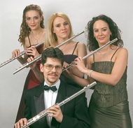 TeTraVERSI Fuvolanégyes (TeTraVERSI Flute Quartet)